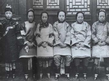 Ancient Chinese Women with Small Bound Feet